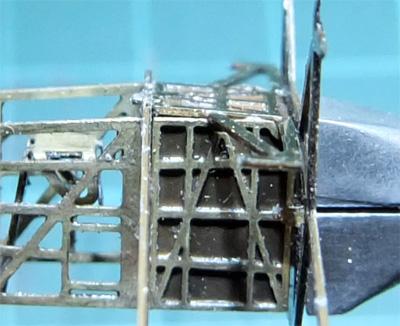 02-micro-WING-SOS-34-beam-and-bottom02-400.jpg