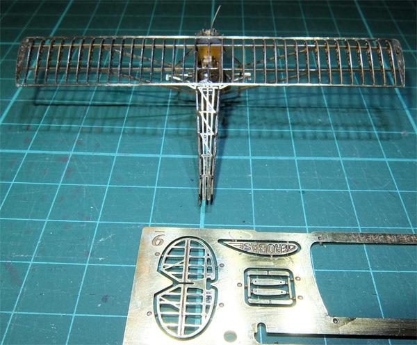 02-micro-WING-SOS-42-horizontal-stabilizer-01-600.jpg