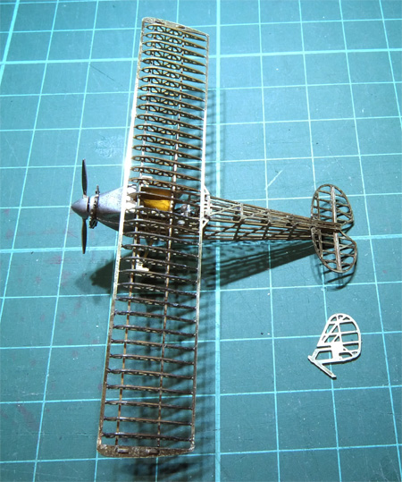 02-micro-WING-SOS-45-left-up-450.jpg