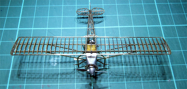 02-micro-WING-SOS-49-front-up-600.jpg