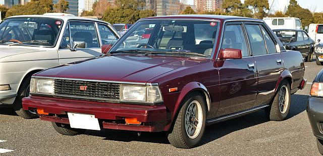 640px-Toyota_Corolla_E70_001.JPG