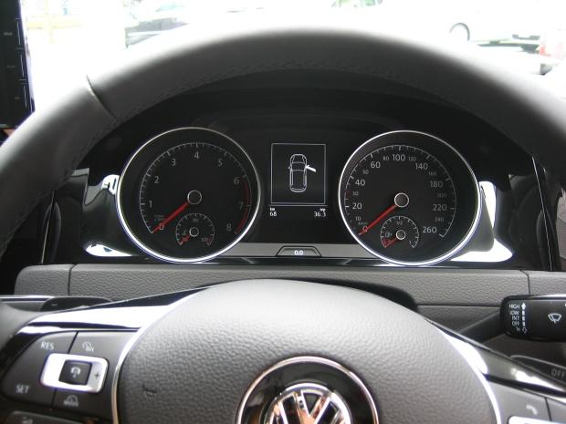 Golf7 Front panel 620.jpg