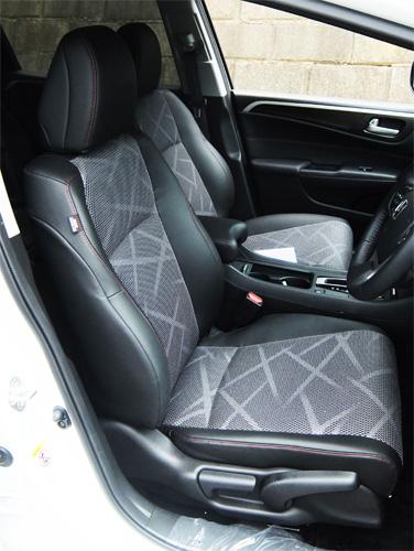 HONDA-JADE-RS-14-500-front-seat.jpg