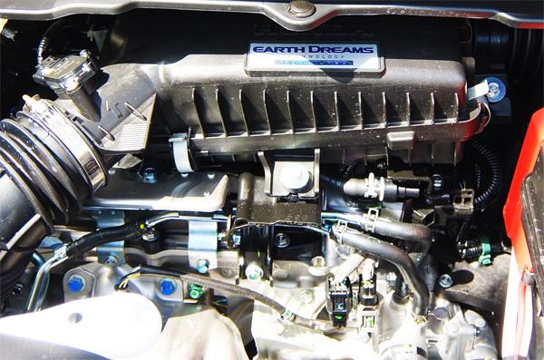HONDA-STEP-WAGON-SPADA-32-15L-engine-600.jpg