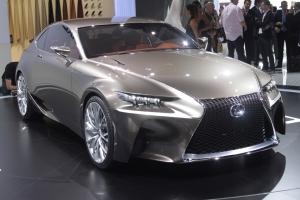 Lexus LF-CC Concept 2012 01 300.jpg