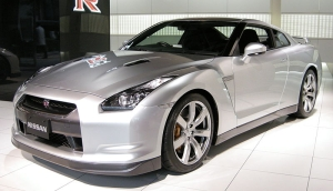 Nissan GT-R 01 01 300.jpg