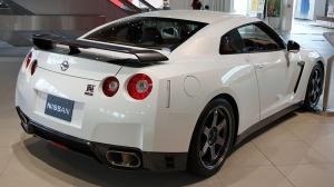 Nissan GT-R 02 02 300.jpg