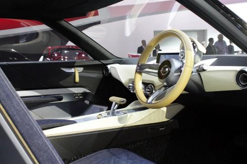 Nissan IDx Freeflow Concept Cockpit 01 500.jpg
