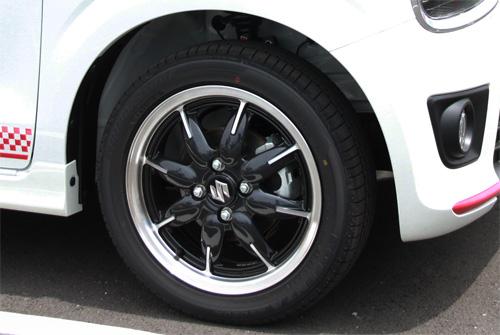 Suzuki-ALTO-Turbo-RS-07-front-tire-500.jpg