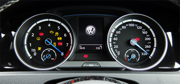 VW Golf7 R 02 Rev limit 600.jpg