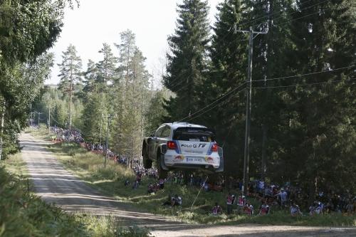 Win VW POLO R WRC 2013 Jump rear 500.jpg