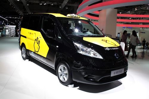 e-NV200 front right view 500.jpg